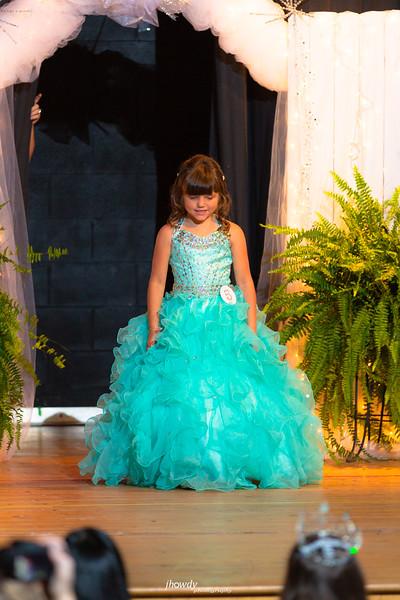 Little_Miss_180915-2241.jpg