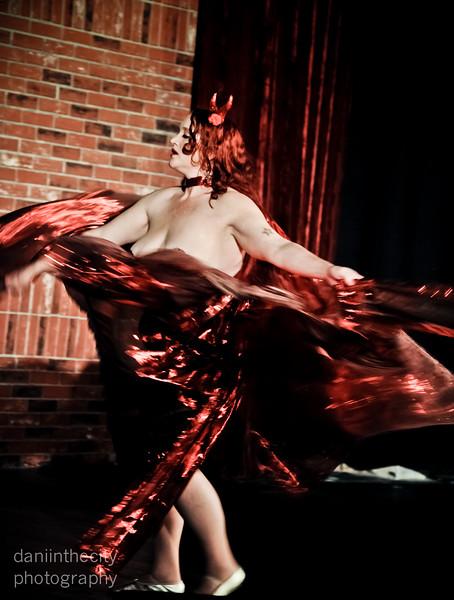 Burlesque (14 of 88).jpg