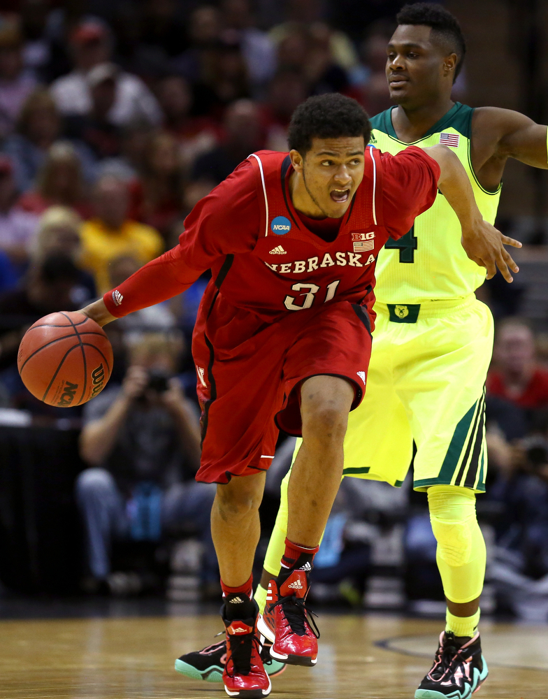 . Shavon Shields #31 of the Nebraska Cornhuskers dribbles the ball up court in the first half against the Baylor Bears during the second round of the 2014 NCAA Men\'s Basketball Tournament at AT&T Center on March 21, 2014 in San Antonio, Texas.  (Photo by Ronald Martinez/Getty Images)