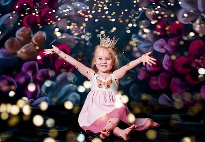 Lacey Glitter Mini 2021