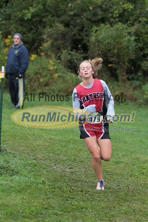 Girls D4 at 1.5 mile mark - 2014 Nike Holly Duane Raffin Cross Country Invite