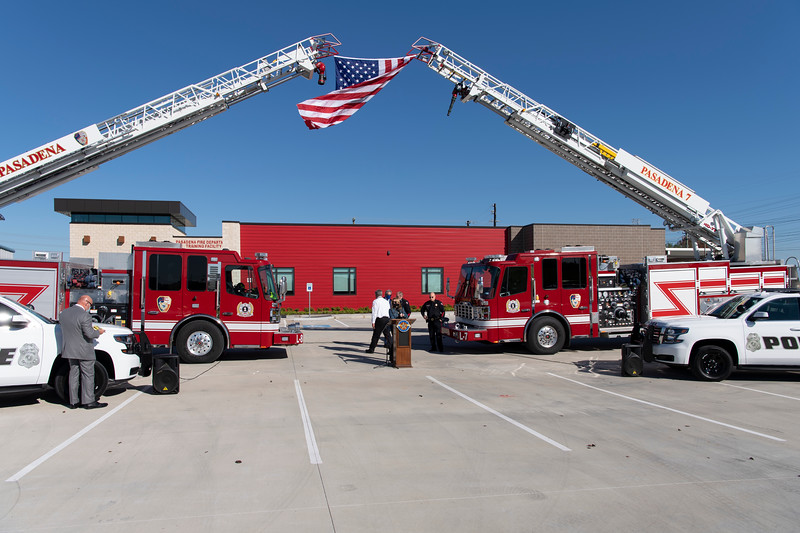 Police and Fire Academy Ribbon Cutting_009.jpg