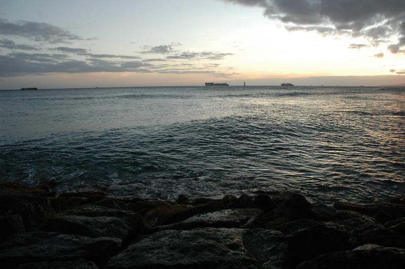 Hawaii - Ala Moana Beach Sunset-93.JPG