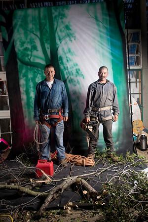 jose  and carlos tree guys