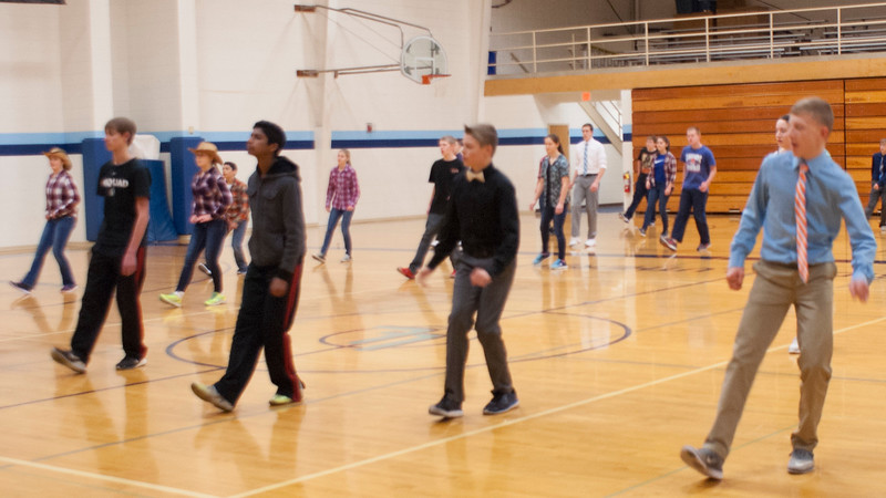 frosh-linedancing-P5-2016_18.jpg