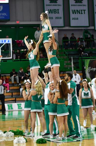 cheerleaders2843.jpg