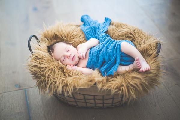 Newborn + Maternity