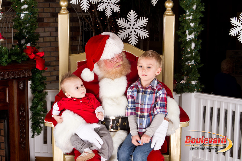 Santa Dec 8-170.jpg