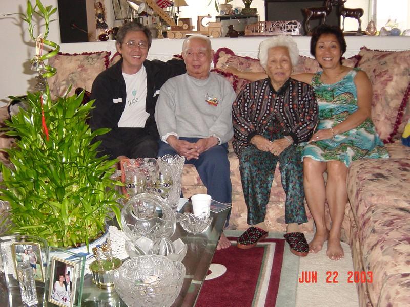 2003-06 Tua-Y at May's Home 016.jpg