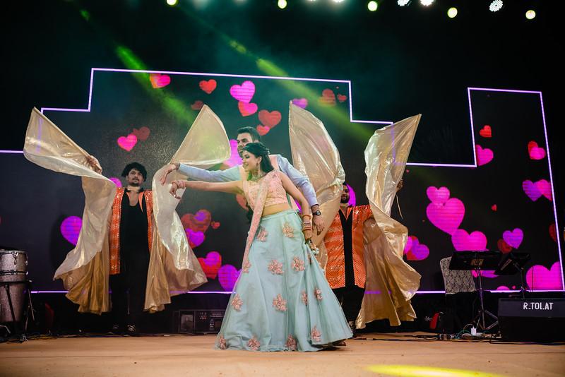 Candid Wedding Photographer Ahmedabad-1-109.jpg