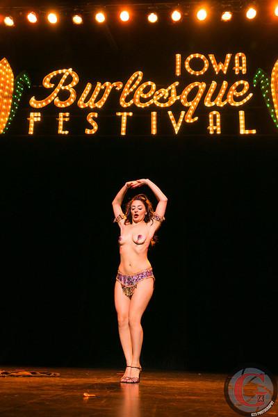 burlesque day2 edits (245 of 123).jpg