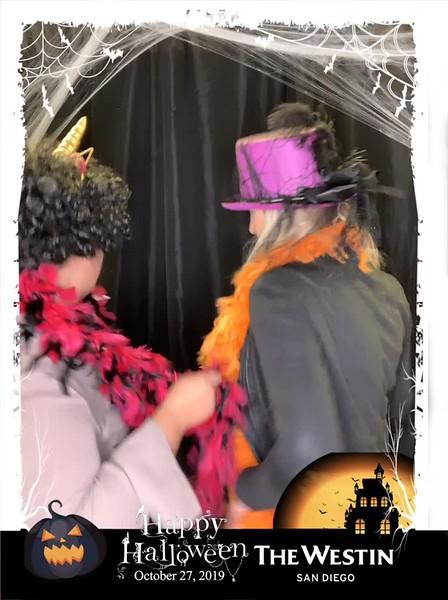 Westin_Halloween_Party_2019_boomerang_22.mp4