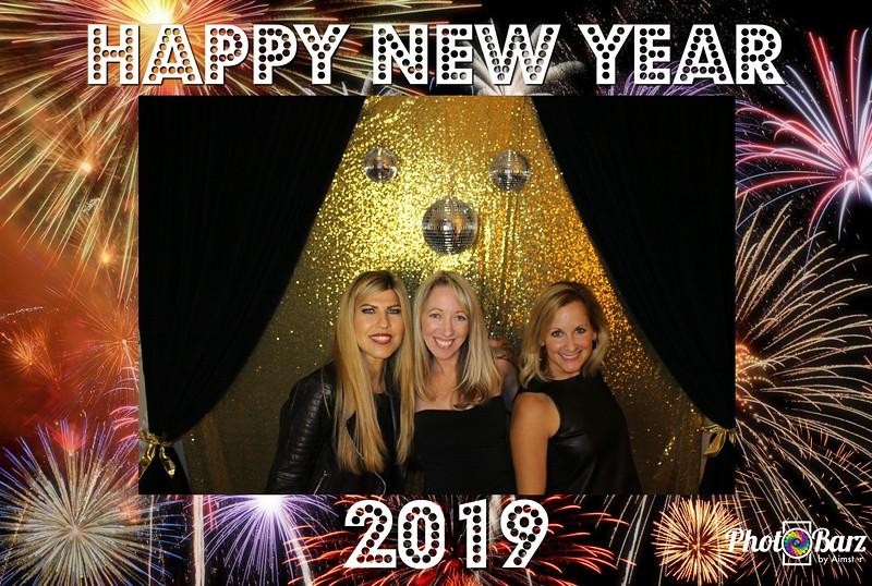New Years 2019 Photobooth Pics (87).jpg