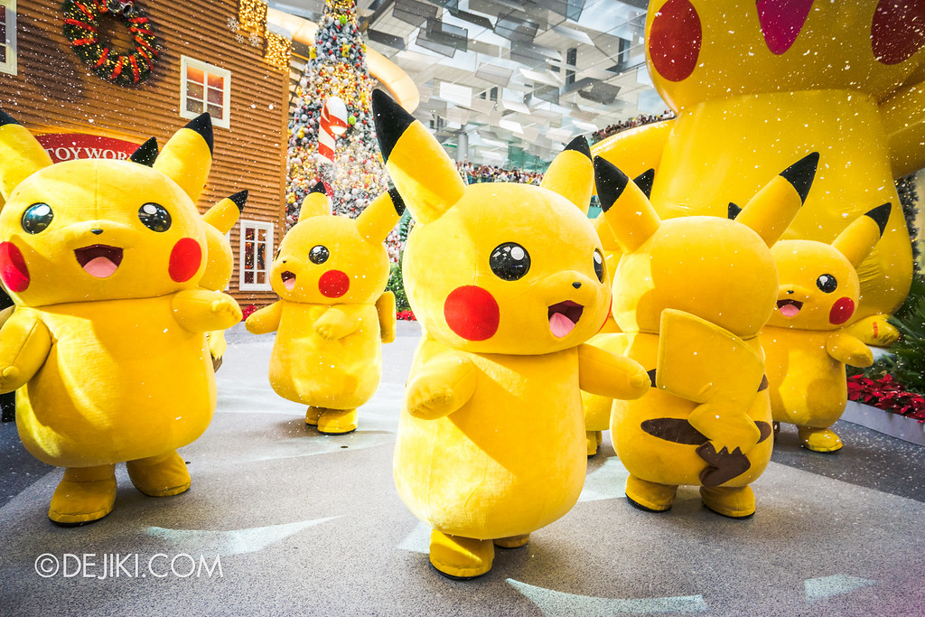 Pokémon at Changi Airport - Pikachu Parade Snow 2