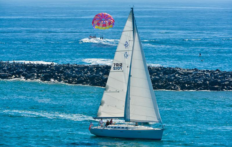 Parasailing_Sailing-1.jpg