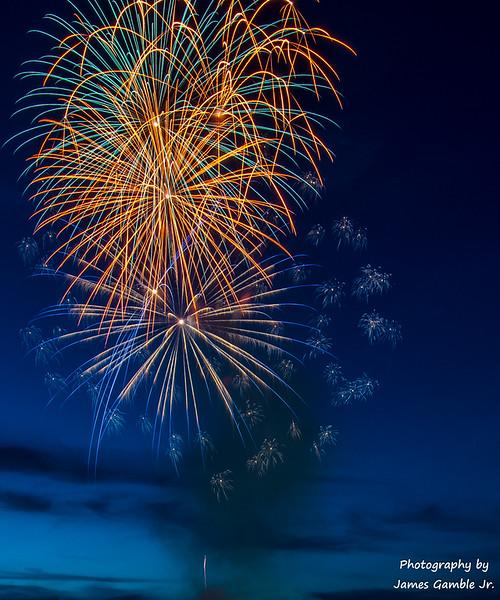 Fourth-of-July-Fireworks-2016-0277.jpg