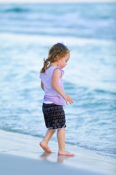 Harper at the beach-28.jpg