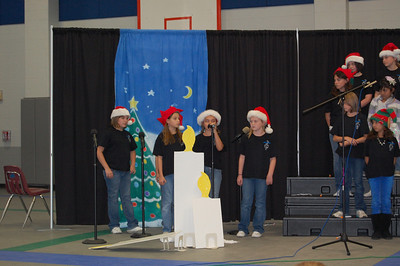 4th Grade Choir Holiday Program