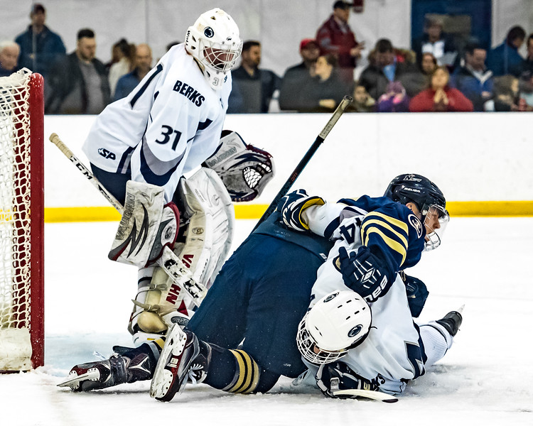 2017-01-13-NAVY-Hockey-vs-PSUB-87.jpg
