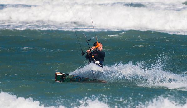 Kite_Surfing_JunpBeach