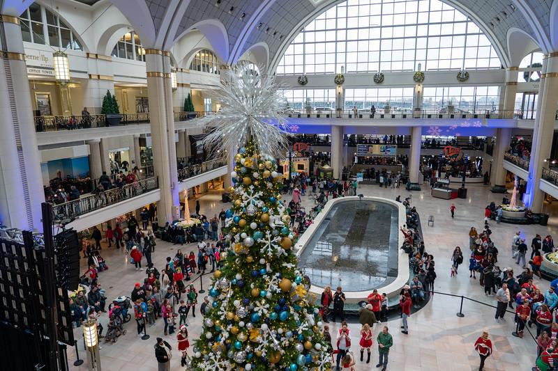 Tower City Center Christmas tree