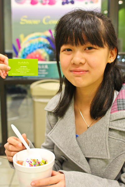 01/29/2012 - Cindy's first time at YOMAMA FROYO