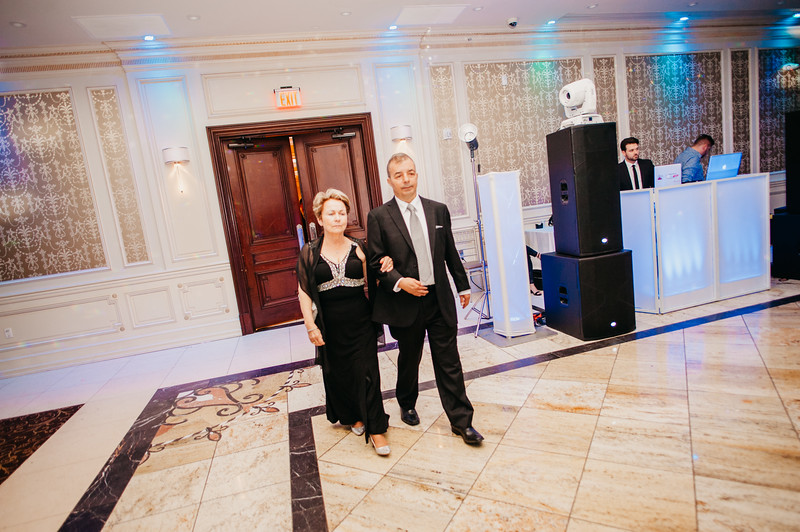 First Dance Images-10.jpg