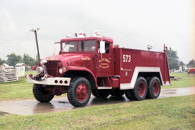MT.HOREB TANKER 573 AT MONROE FIRE SCHOOL.JPG