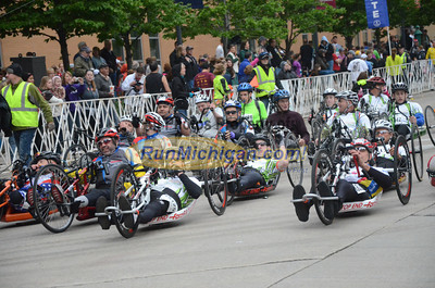 Wheelchair and Handcycle Start, Gallery 2 - 2013 Fifth Third River Bank Run