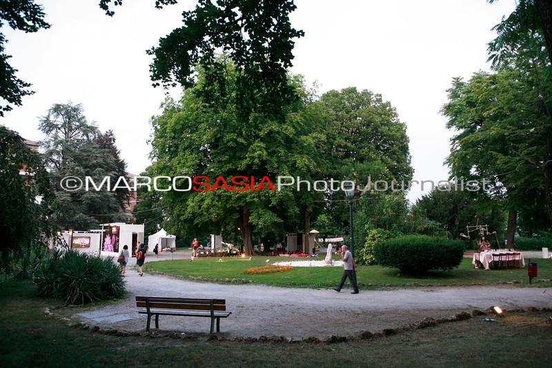 0050-ZooArt-03-2012.jpg