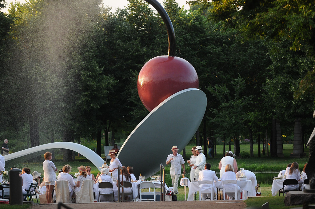 ". Diners in white are dwarfed by ""Spoonbridge and Cherry.\"" (Pioneer Press: Sherri LaRose-Chiglo)"