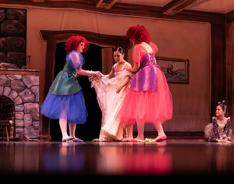 Cinderella 2019-44.jpg