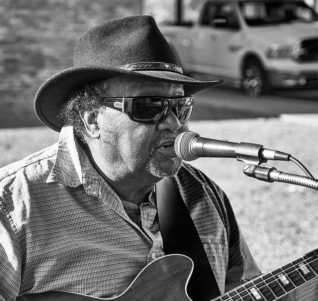 Route 66 - street singer, Winslow, Arizona