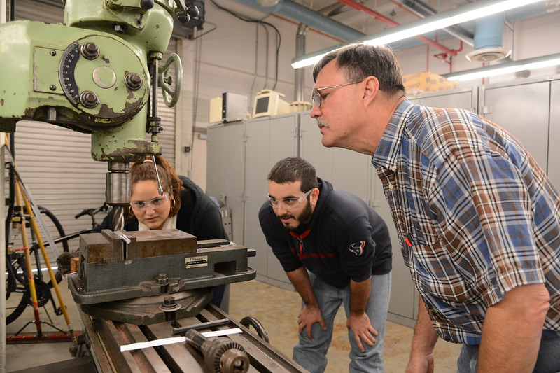 engineering-instructor-mr-ronald-carlson-instructs-students-on-how-to-use-equipment-in-the-engineering-lab_15825495771_o.jpg