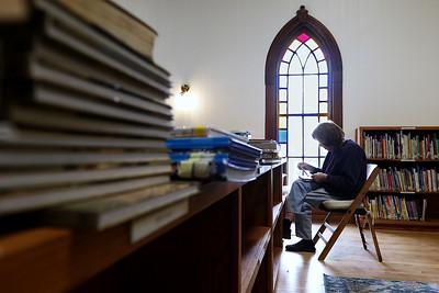 040721 Hebron Library (MA)