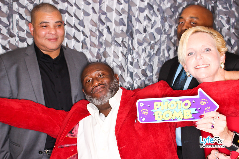 red-hawk-2017-holiday-party-beltsville-maryland-sheraton-photo-booth-0169.jpg