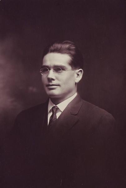Robert 09.JPG