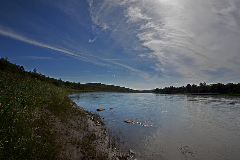 Looking downstream from the historical sites of Buckingham House and Fort George, near current day Elk Point.