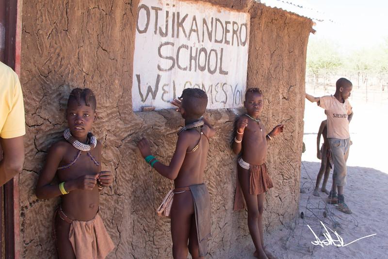 HimbaS-1.jpg