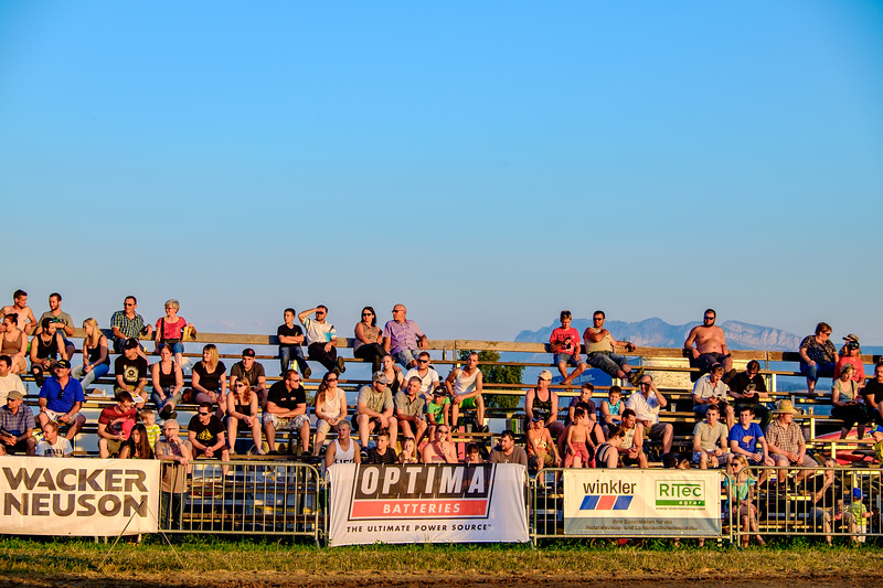 Tractor Pulling 2015-1986.jpg