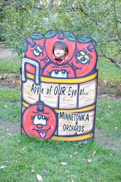 2014-10-04 Minnetonka Orchards 030.JPG