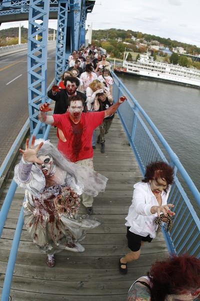 Zombie Walk | Market St Bridge | 102012