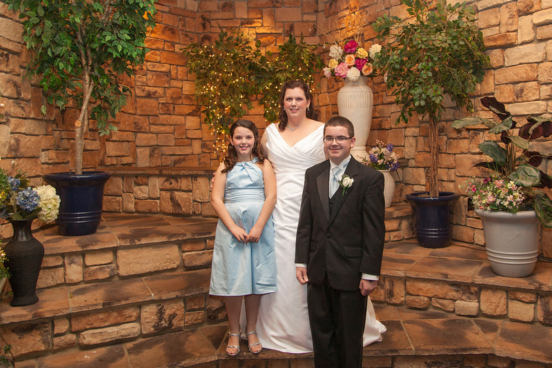 Knobloch Wedding 20120303-18-47 _MG_065708_Perfect365.jpg