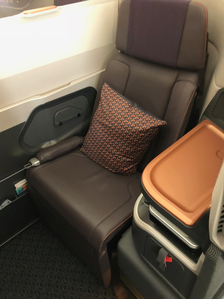 Singapore Airlines New A380 Business Class 2017