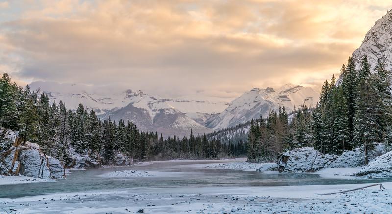 Bow River, Banff, AB