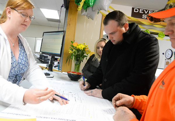 Town of Paradise issues its first building permits