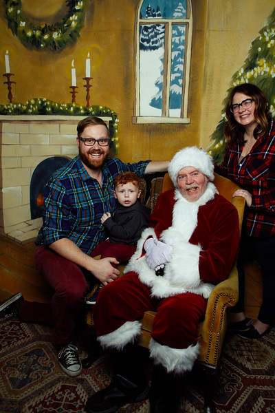 Pictures with Santa Earthbound 12.2.2017-049.jpg
