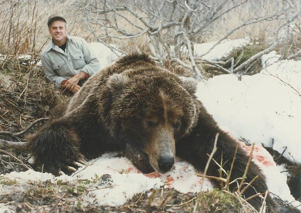 Brown Bear Hunt Photos