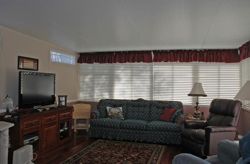 easthaven_10974 family room.jpg