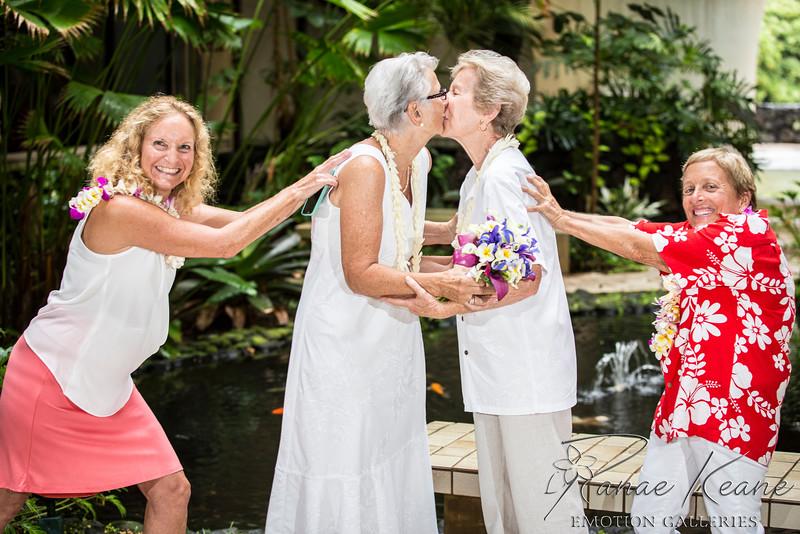 071__Hawaii_Destination_Wedding_Photographer_Ranae_Keane_www.EmotionGalleries.com__141018.jpg